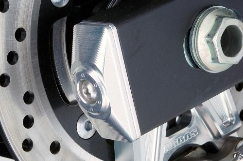 AGRAS アグラス その他外装関連パーツ チェーンアジャスターキャップ カラー:シルバー GSR750