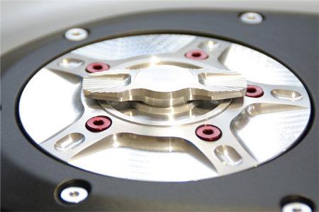 EVOTECHエボテック タンクキャップ 即日出荷 流行のアイテム ラピッドタンクキャップ EVOTECH 696 MONSTER エボテック 1100