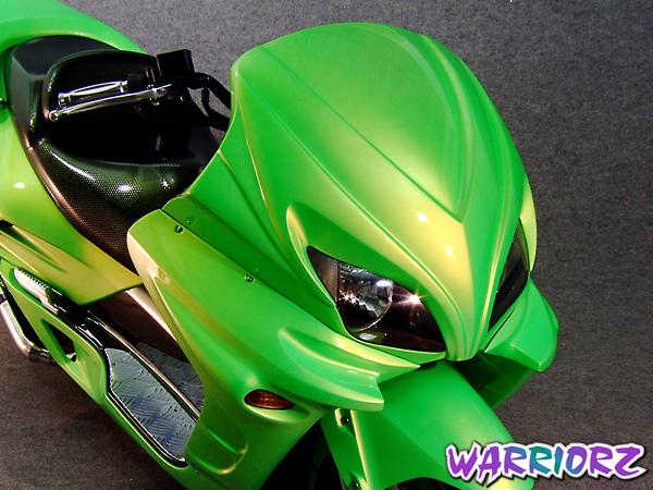 WARRIORZ ウォーリアーズ スクーター外装 フォルツァ MF06用 サイドカウル V2(バージョンツー) カラー:パールシーシェルホワイト FORZA[フォルツァ](MF06)