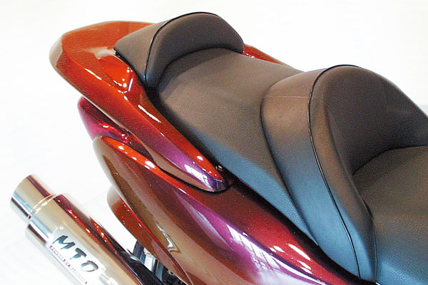 WARRIORZ ウォーリアーズ スクーター外装 フォルツァ MF08用 リアウイング V1(バージョンワン) カラー:ナッソーブルー/穴なしタイプ FORZA[フォルツァ](MF08)