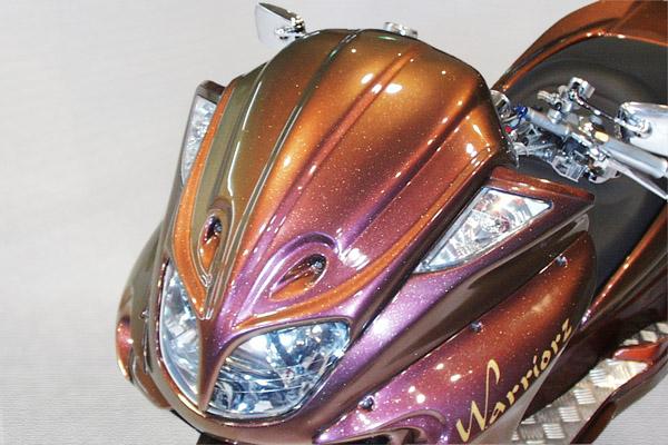WARRIORZ ウォーリアーズ スクーター外装 マジェスティ用 エアロフェイス V1(バージョンワン) カラー:ブラックメタリックX