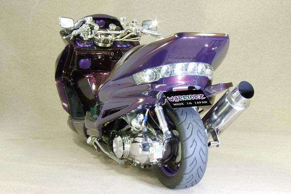 WARRIORZ ウォーリアーズ スクーター外装 マジェスティ用 リアウイング V2(バージョンツー) カラー:ブラックメタリックX