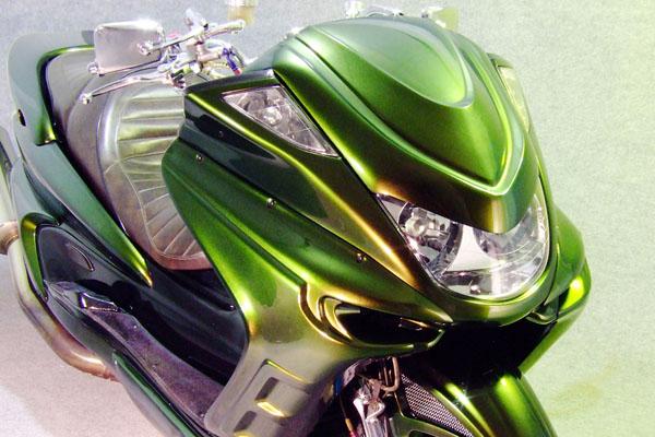 WARRIORZ ウォーリアーズ スクーター外装 マジェスティ用 チョップフェイス・V4(バージョンフォー) カラー:マッドブラック(艶消し黒)