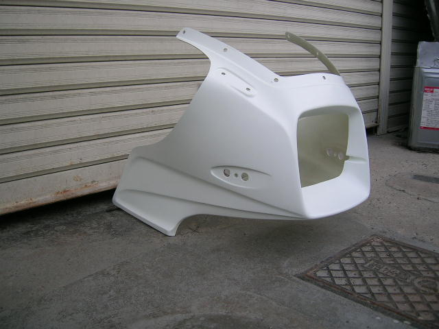 STING R&D スティングアールアンドディー FRP製アッパーカウル カラー:ホワイト GPZ1100 空冷車用