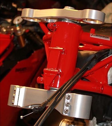 Robby Moto Engineering ロビーモトエンジニアリング トップブリッジ トリプルクランプ オフセット カラー カラー:ブラック 999