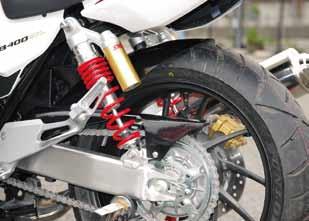 COERCE コワース リアフェンダー 素材:FRP黒ゲル CB400スーパーフォア CB400スーパーボルドール