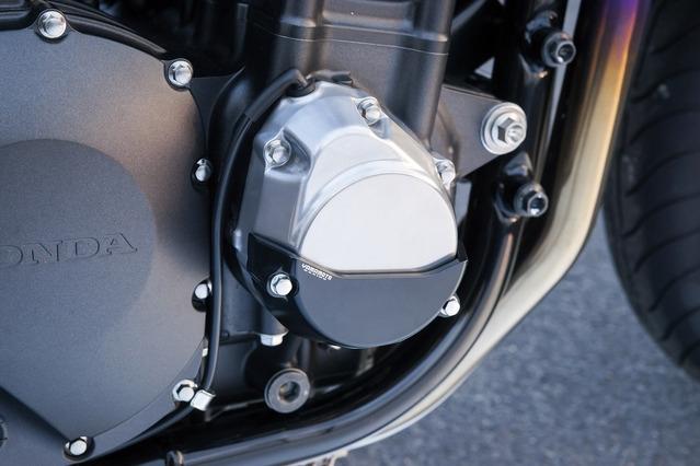 ヤマモトレーシング YAMAMOTO RACING ガード・スライダー エンジンプロテクターセット カラー:シルバーアルマイト CB1300スーパーフォア