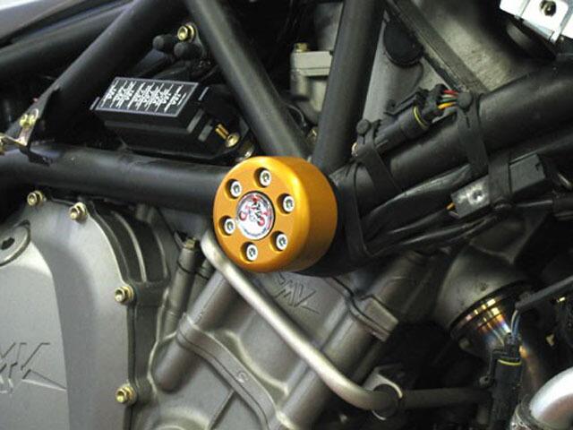 【ポイント5倍開催中!!】【クーポンが使える!】 P&A International パイツマイヤーカンパニー ガード・スライダー 衝撃吸収ダンパー内蔵クラッシュパッド X-Pad カラー:ゴールド BRUTALE 1000 [ブルターレ]