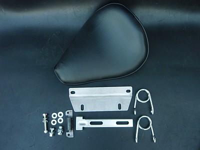 部品屋K&W シート本体 ソロシートキット スプリングタイプ (プレーン) カラー:赤茶 ドラッグスター1100