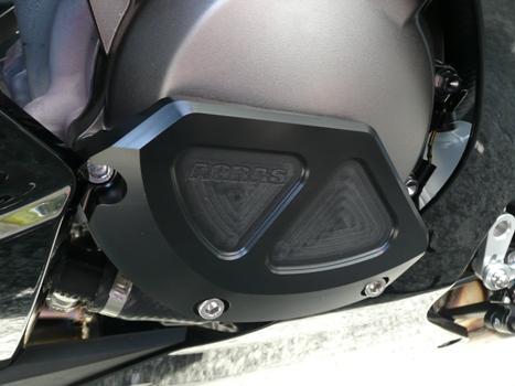 AGRAS アグラス ガード・スライダー レーシングスライダー 3点セット 左B ジュラコンカラー:ブラック (ロゴ有) ZX-10R