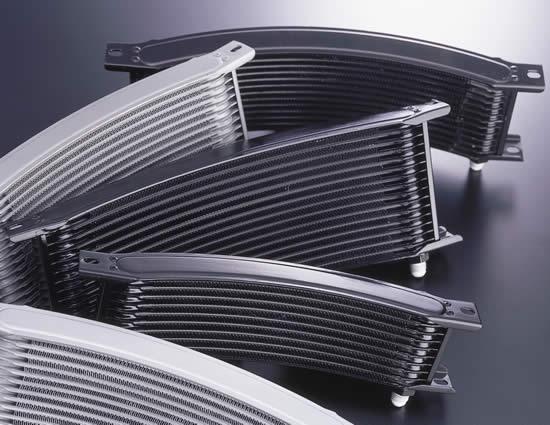 EARLS アールズ オイルクーラー本体 ラウンド オイルクーラー・フルシステム コアカラー:ブラック サイズ:9インチ10段 ステンメッシュ仕様 フィッティングカラー:ブルー/レッド CB1100 F CB750 F CB900 F