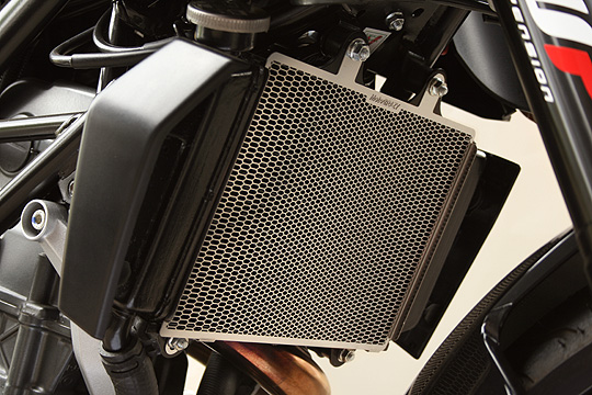 MotoCrazy モトクレイジー ラジエターコアガード 125DUKE 200DUKE