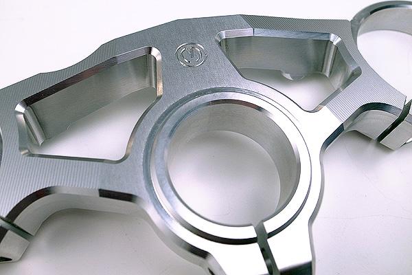 MOTO CORSE モトコルセ ビレット ステアリングステムトップブリッジ F4-1000R