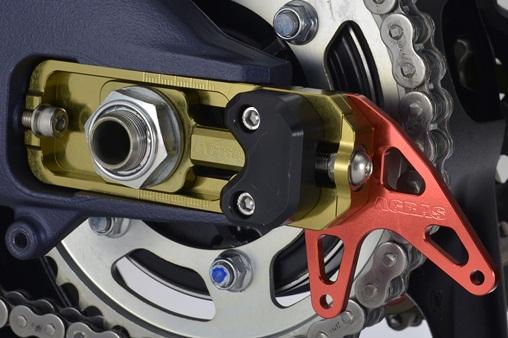 AGRAS アグラス ガード・スライダー チェーンアジャスタースライダー スタンドプレート部カラー:シルバー スライダー部カラー:ホワイト チェーン引き部カラー:ゴールド GSX-R1000