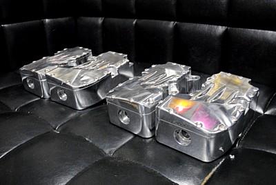 部品屋K&W ミッション BARE KNUCKLE CHOPPERS製 ロッカーボックス 汎用