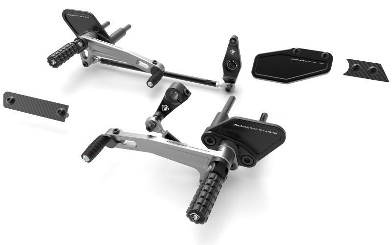 DUCABIKE ドゥカバイク バックステップ アジャスタブルステップキット カラー:ブラック/シルバー XDIAVEL/S用