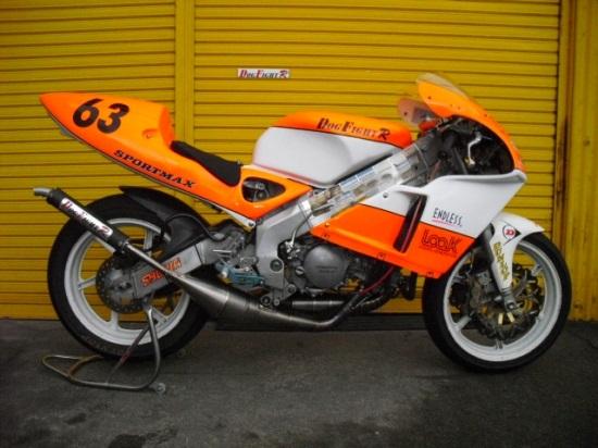 DOGFIGHT RACING ドッグファイトレーシング チタンチャンバー サイレンサー素材:カーボン NSR250R 1990-1998