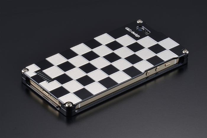 GILD design ギルドデザイン その他グッズ 市松 for iPhone SE/5s/5 カラー:シルバー&ブラック