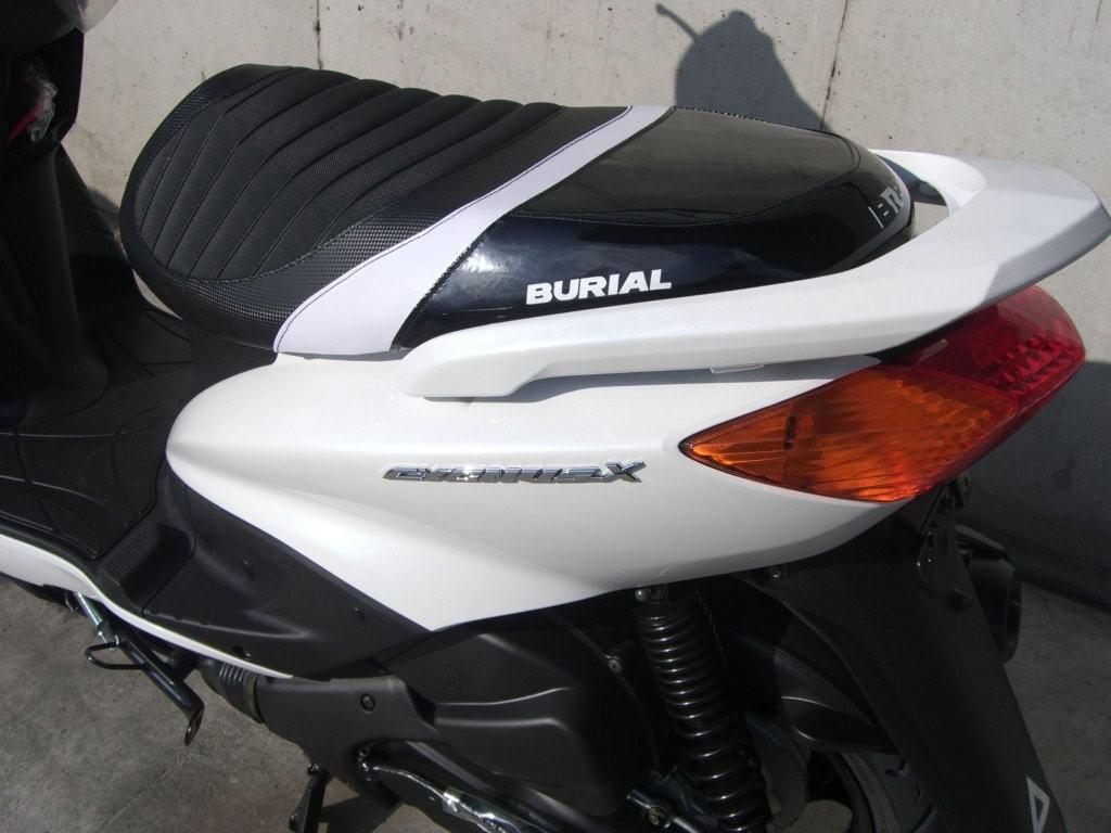 BURIAL ベリアル シート本体 スポルティブシート カラー:ブラック GRANDAXIS [グランドアクシス]