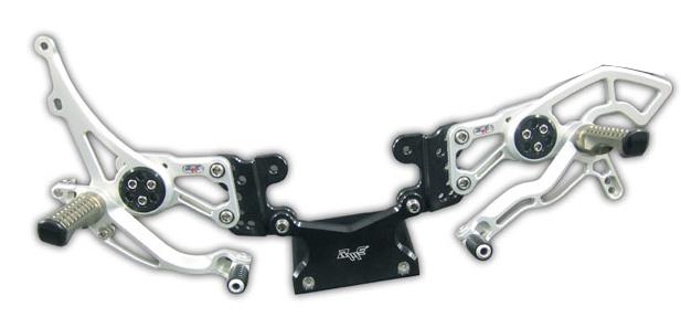 Robby Moto Engineering ロビーモトエンジニアリング バックステップ レースモデル 逆チェンジ専用 カラー:シルバー CBR600RR(07-15)