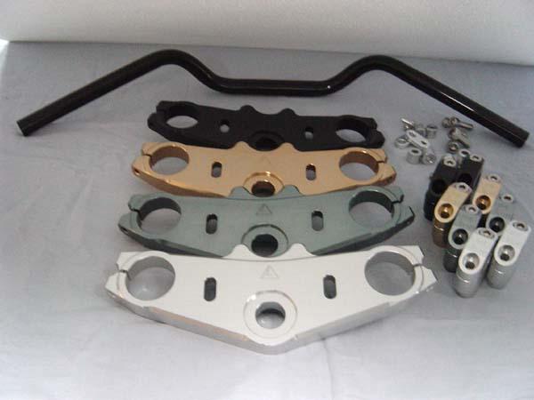 antlion アントライオン トップブリッジ カラー:チタンゴールド[TG] CBR1100XXスーパーブラックバード