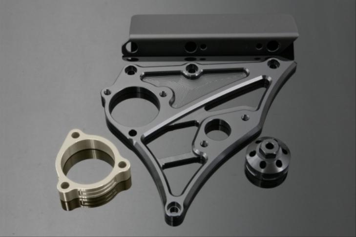 K-FACTORY Kファクトリー ケイファクトリー その他外装関連パーツ フロントスプロケットカバー カラー:スーパーブラック ZRX1200 -09、ZRX1100