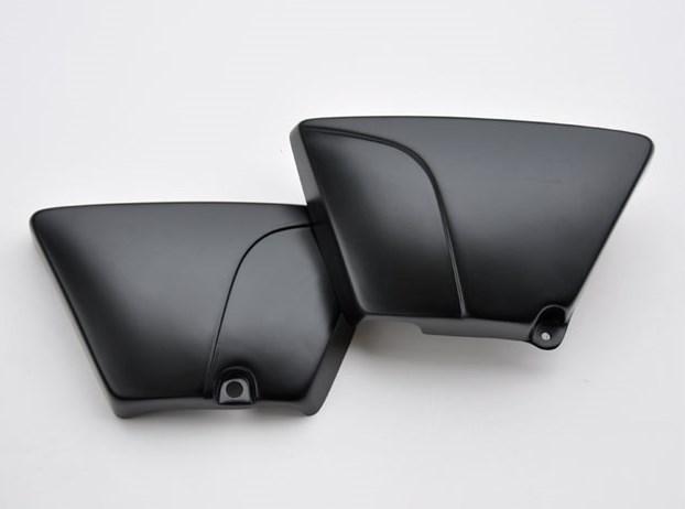 【ポイント5倍開催中!!】【イベント開催中!】 CHIC DESIGN シックデザイン クラシックサイドカバー タイプ3 カラー:左右セット SR400 SR500