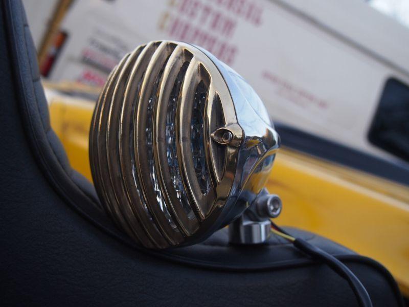 Universal Custom Choppers ユニバーサルカスタムチョッパーズ ヘッドライト本体・ライトリム/ケース バードゲージヘッドライト TYPE-II タイプ:真鍮×ポリッシュ