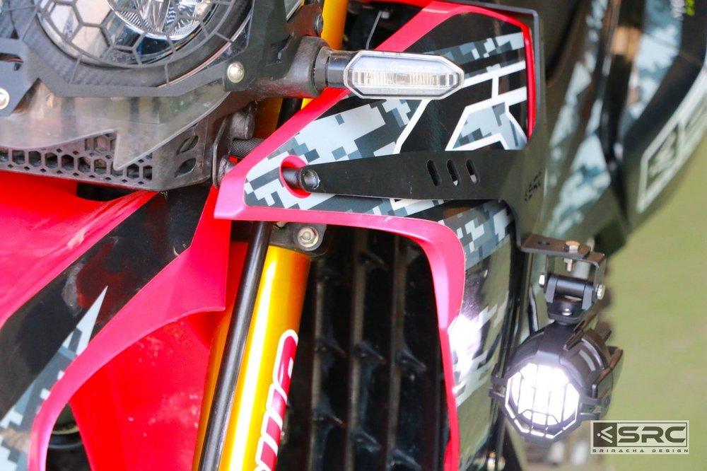 SRCエスアールシー 送料無料/新品 ヘッドライトステーブラケット スポットライトホルダー SRC RALLY ブランド激安セール会場 エスアールシー CRF250