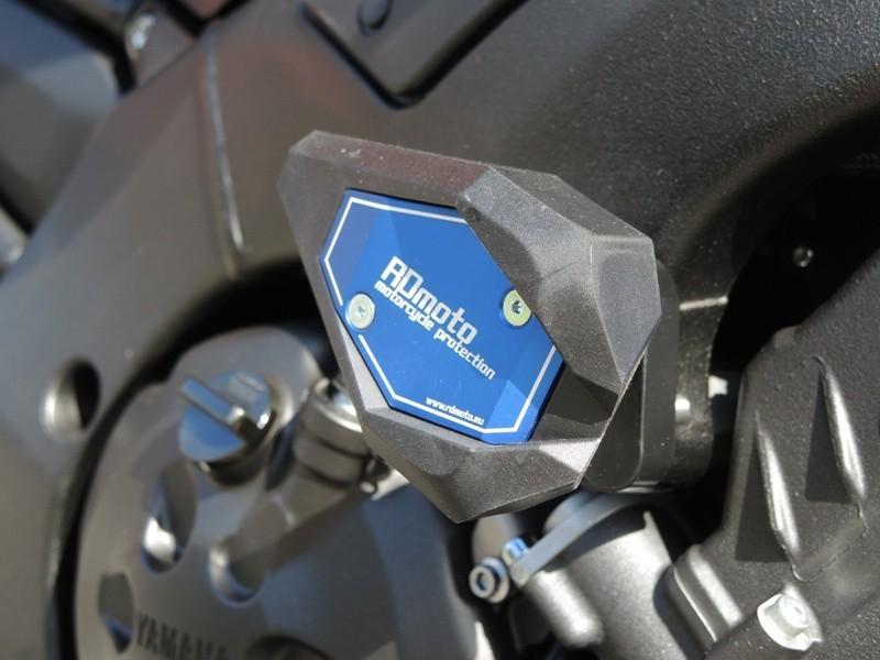 RDmoto アールディーモト ガード・スライダー クラッシュスライダー【Crash sliders】 Colour of car:silver aluminium anodized Colour:black polyamid FZ-8 10-