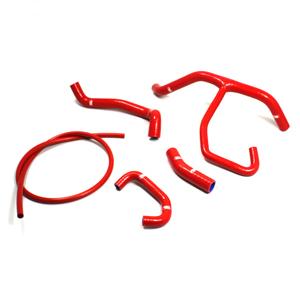 SAMCO SPORT サムコスポーツ ラジエーター関連部品 クーラントホース(ラジエーターホース) カラー:レッド (限定色) Street Triple 675 13-17 Street Triple 675R 13-17