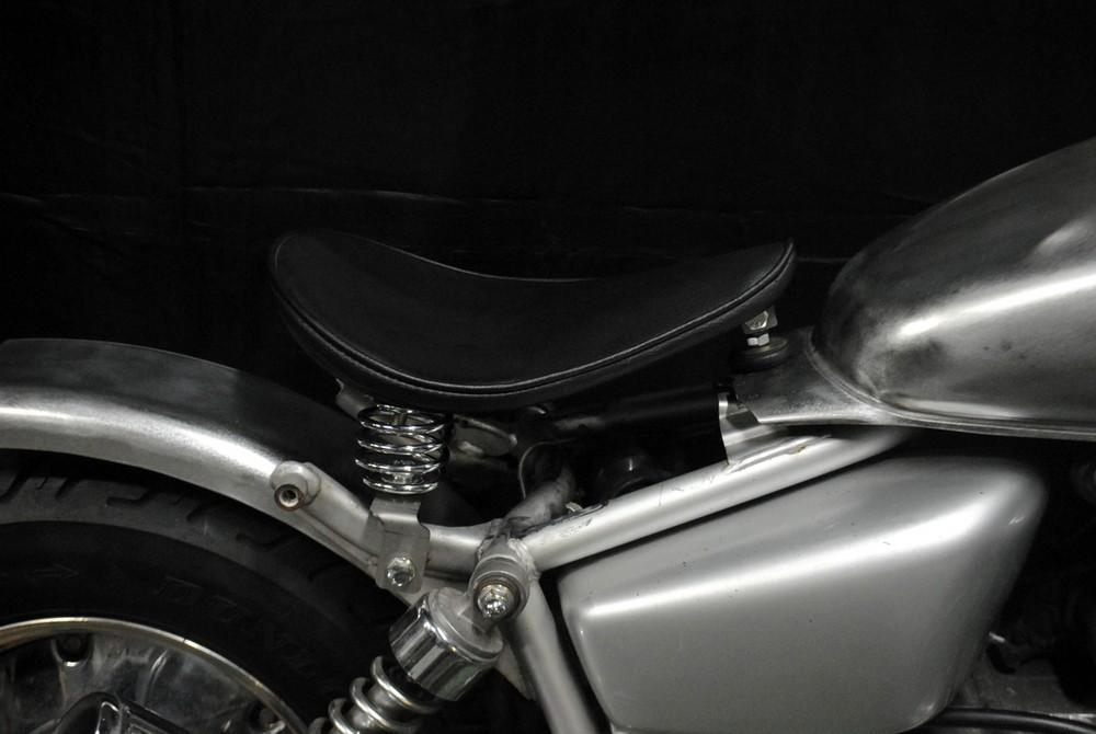 部品屋K&W フラットフェンダー対応ソロシートキット スプリングタイプ (プレーン) マグナ50 マグナ50 マグナ50
