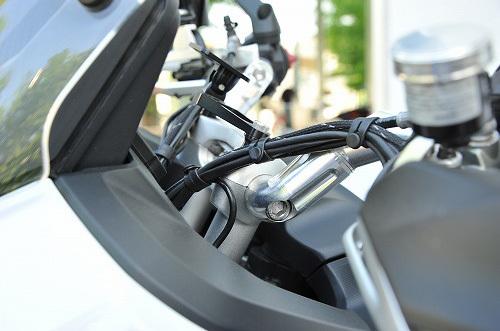 AELLAアエラアルミ可変ハンドルバーハンドルカラー:スレートグレー(特色)付属スペーサーカラー:スレートグレー(特色)付属スペーサーサイズ:4mmMultistrada1200(10-14)