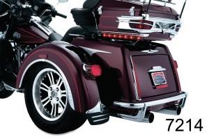 Kuryakyn クリアキン Tri-Line インナーフェアリングカバープレート Rear Fender Flares Street Glides Road Kings Road Glides Electra Glides 14-17