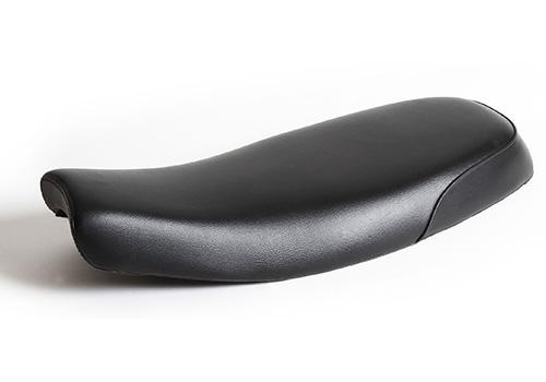 NitroHeads ナイトロヘッズ シート本体 フラットシート スムース TYPE1 カラー:ブラック BONNEVILLE T100 BONNEVILLE T120 STREET CUP StreetTwin