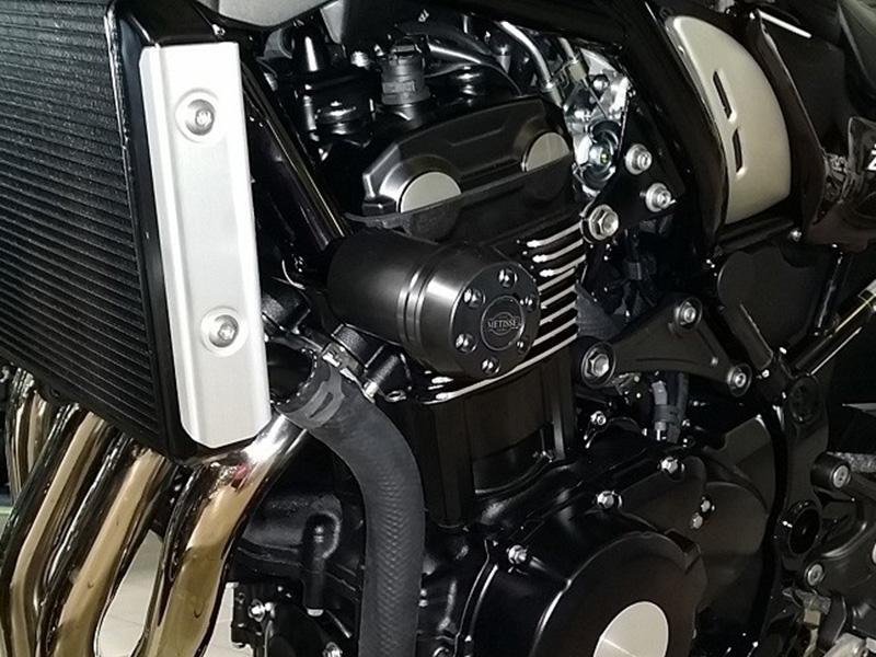 【ポイント5倍開催中!!】【クーポンが使える!】 P&A International パイツマイヤーカンパニー ガード・スライダー クラッシュパッド X-Pad カラー:アルミニウムシルバー Z900 17- Z900 RS 18-