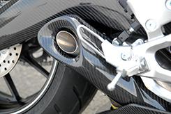 【イベント開催中!】 Magical Racing マジカルレーシング その他マフラーパーツ サイレンサーカバー タイプ:綾織りカーボン製 MT-09