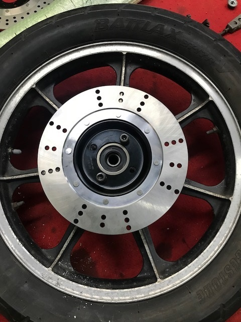 52627-09 XFMT Sissy Bar Backrest Pad W//Bracket Compatible with Harley Touring Street Glide FLHX 1997-2018 P//N 52300324 52933-97b or 52805-97B 54247-09
