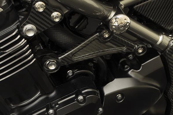 MOTO CORSE モトコルセ その他外装関連パーツ カーボンファイバー リアエンジンマウントセット タイプ:ナチュラルフィニッシュ Z900RS