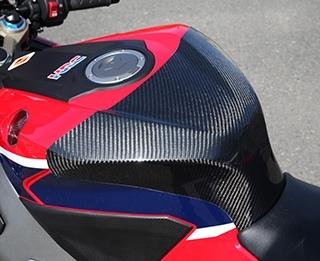 【在庫あり】Magical Racing マジカルレーシング タンクエンド CBR1000RR