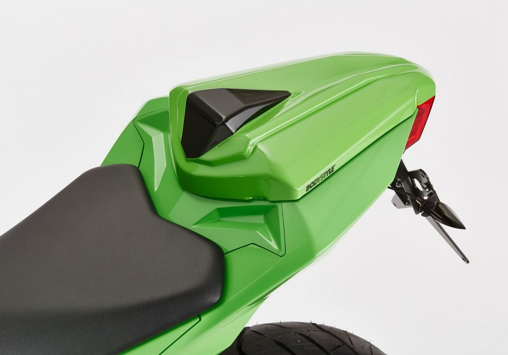 BODY STYLE ボディースタイル シートカバー(Sportsline seat cover) Ninja 300 Z300