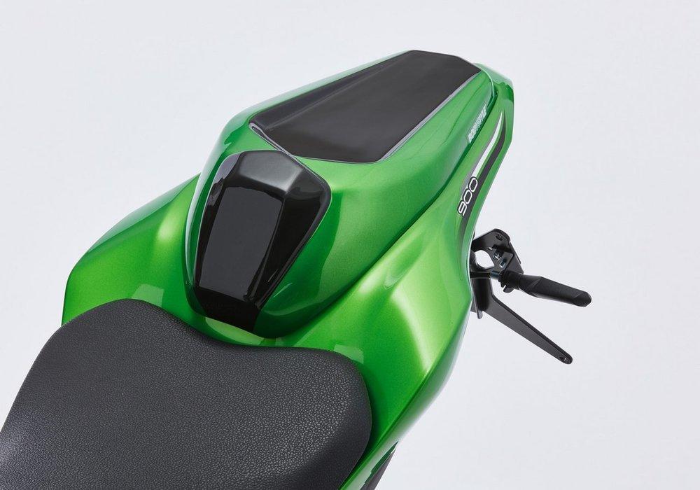 BODY STYLE ボディースタイル スポーツライン シートカバー 【Sportsline seat cover】 Z900