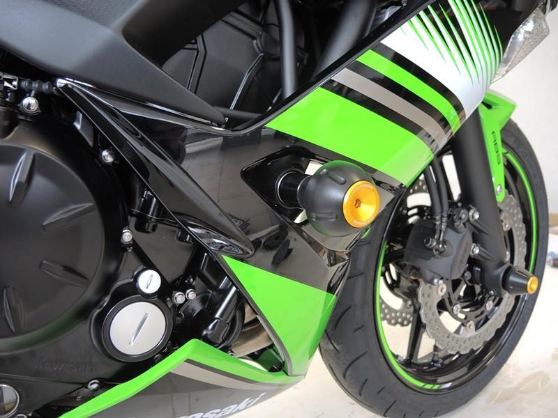 RDmoto アールディーモト ガード・スライダー クラッシュプロテクター【Crash protectors】 Colour:black polyamid Colour:orange aluminium anodized