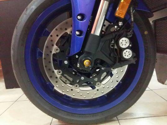Club517Superbike クラブ517スーパーバイク フロントホイールアクスルプロテクター YZF-R1