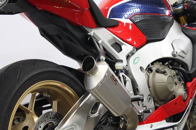 TSR テクニカルスポーツレーシング HPTPS レーシングスリップオンマフラー CBR1000RR