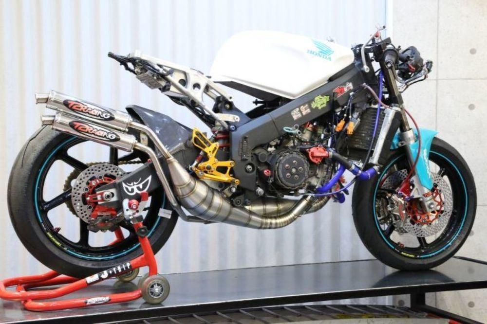 【送料無料】マフラー NSR250R T2 Racing T2レーシング W-2044-P23557622  T2 Racing T2レーシング MC21/MC28用 チャンバーボディー 素材:ステンレス NSR250R