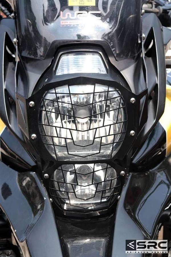 SRC エスアールシー ヘッドライトガード VERSYS650