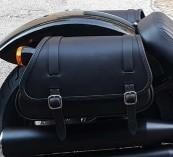 【送料無料】車体用バッグ・ケース SOFTAILファミリー Ends Cuoio エンズ クオイオ 00080-00080-0002  Ends Cuoio エンズ クオイオ サドルバッグ・サイドバッグ Fat Folk (ファットフォーク) サドルバッグ カラー:ブラック タイプ:右側用 SOFTAILファミリー