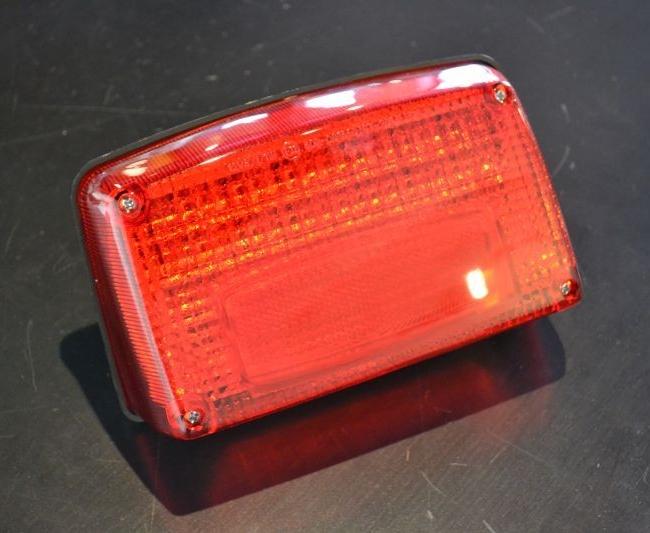 ユニコーンジャパン UNICORN JAPAN LEDテールランプユニット GSX1000S KATANA [カタナ] GSX1100S KATANA [カタナ] GSX750S KATANA [カタナ]