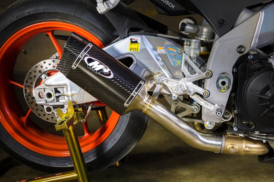 M4 Performance Exhaust エムフォーパフォーマンスエキゾースト M4 スタンダードマウント スリップオン カーボンサイレンサー RSV4 RSV4 Tuono
